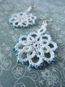 White Lace Flower with Frozen Blue Seed Beads